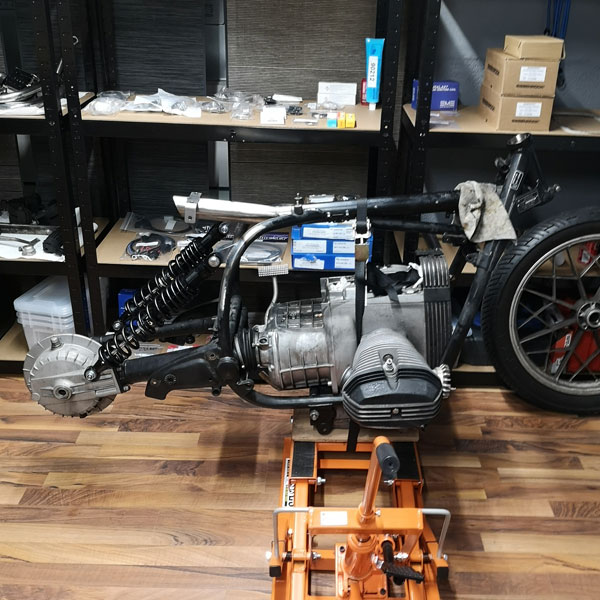 BMW Bobber Conversion DTC