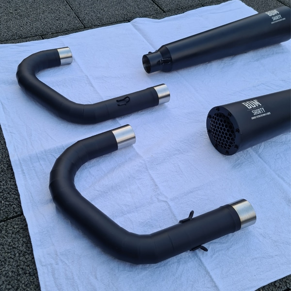 Cafe Racer Auspuff BMW Boxer BMW R100 schwarz beschichtet mit MFK Gutachten Zulassung